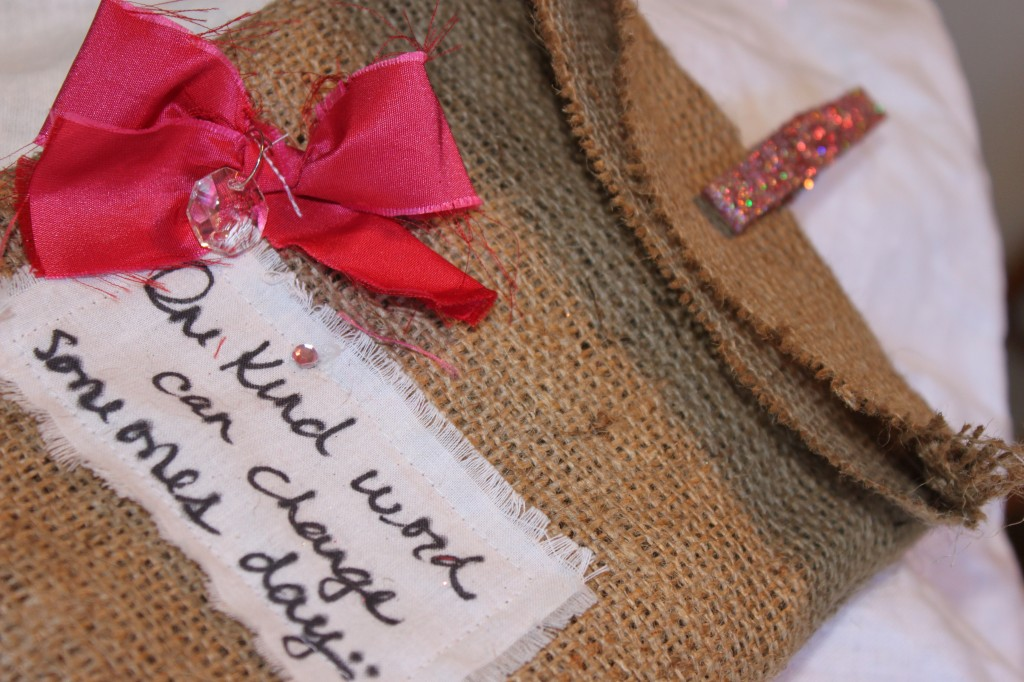 burlap message bags