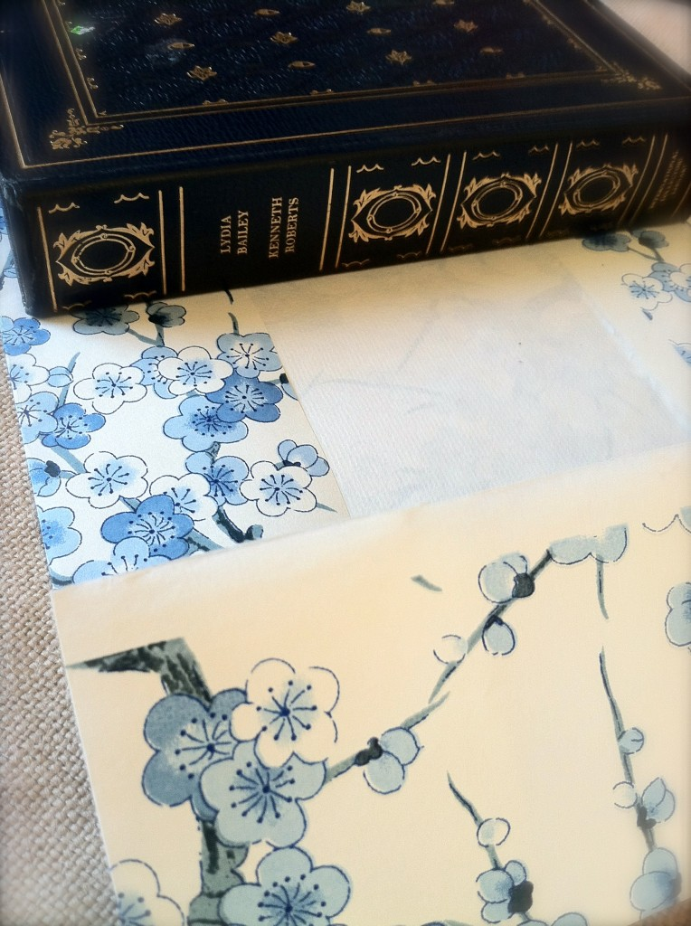 diy decor with book covers