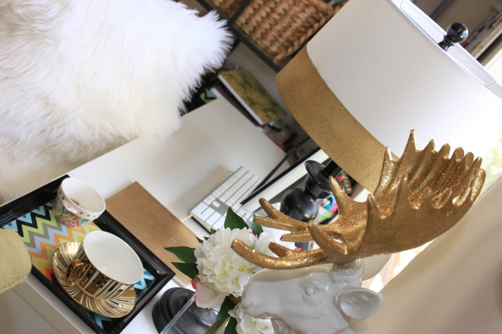 DIY moose head from Burlap and Crystal