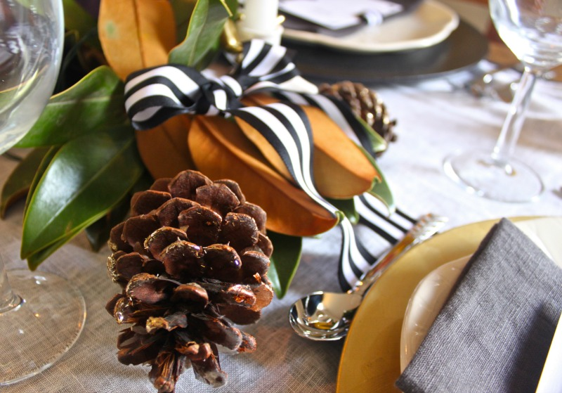 Thanksgiving table with ribbon bows