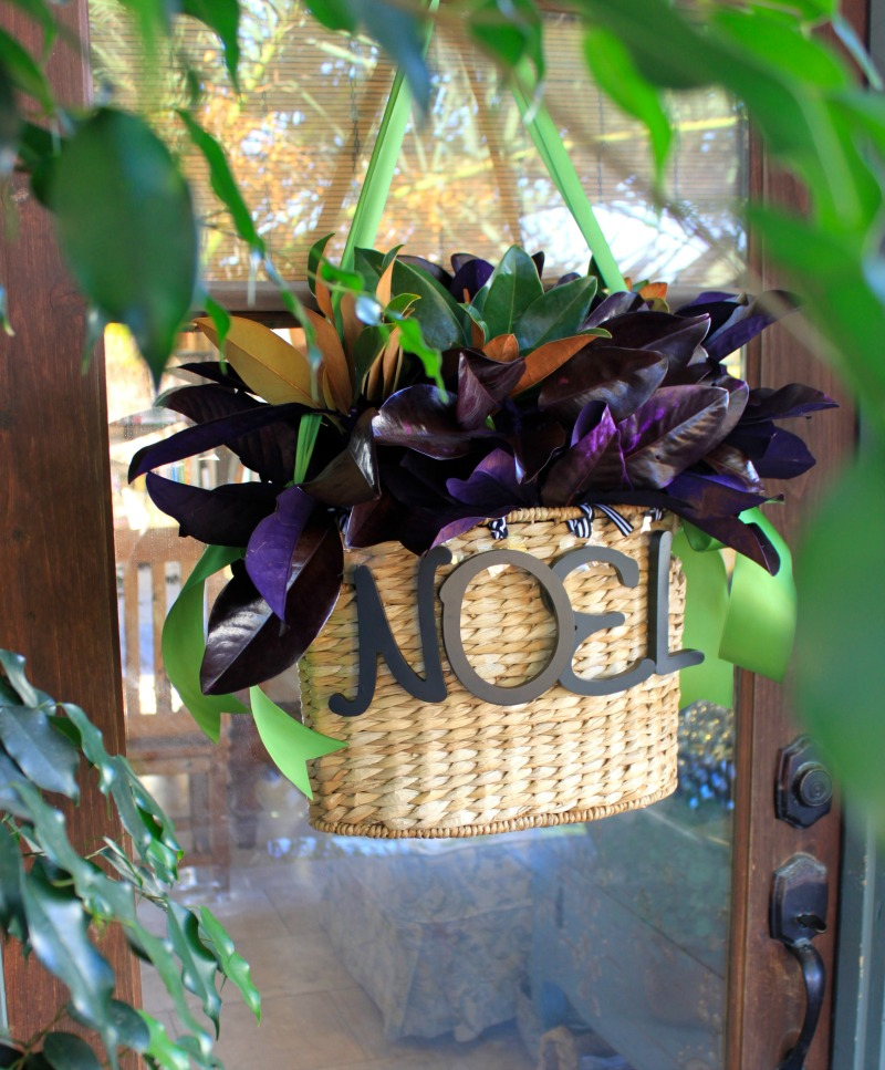 Noel Christmas door basket with magnolia leaves. Easy DIY