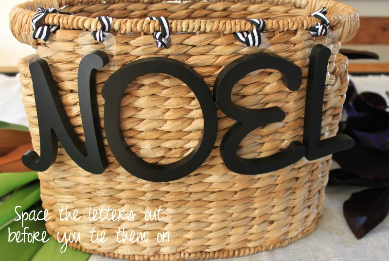 Noel door basket easy Christmas decor DIY